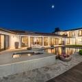 Mila Kunis verkauft ihr Hollywood Hills Anwesen für $3,99 Millionen Dollar
