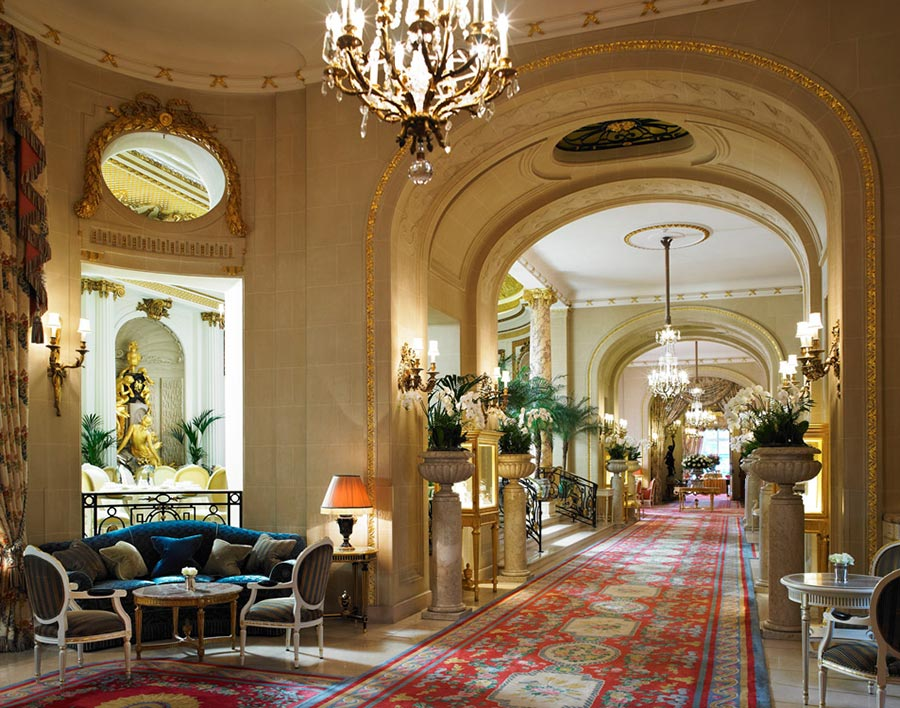 The Most Popular Hotel in London for the Super-Rich: The Ritz London 4