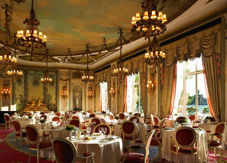 The Most Popular Hotel in London for the Super-Rich: The Ritz London 6