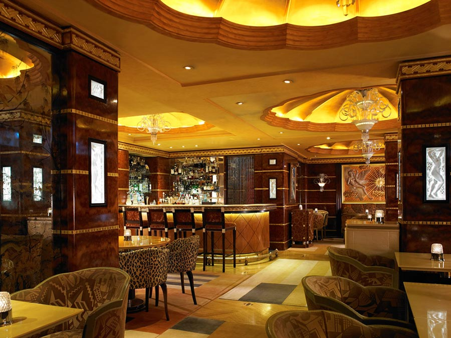 The Most Popular Hotel in London for the Super-Rich: The Ritz London 9