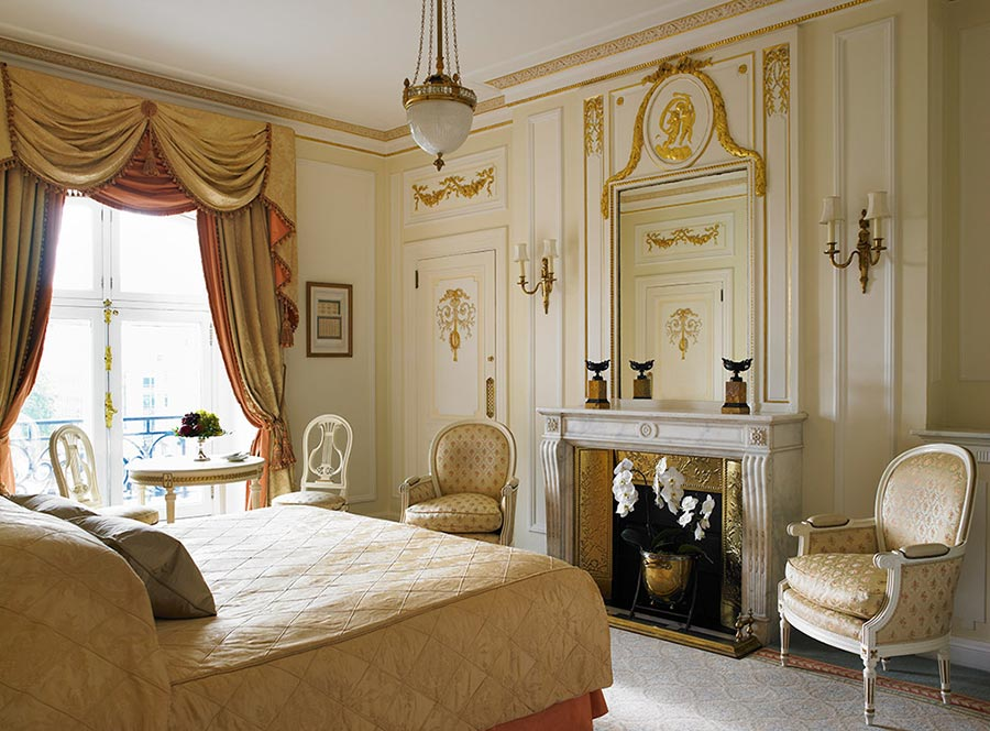 The Most Popular Hotel in London for the Super-Rich: The Ritz London 15