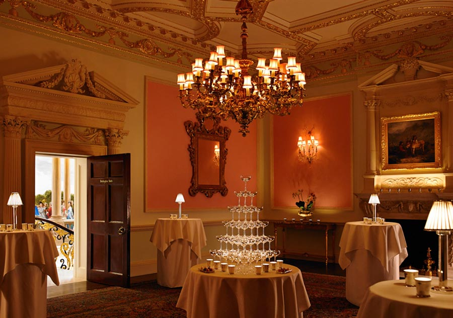 The Most Popular Hotel in London for the Super-Rich: The Ritz London 17