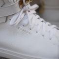 Neuer 100mm Sneakers von Jon Buscemi
