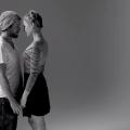 20 Fremde Küssen sich zum Ersten Mal
