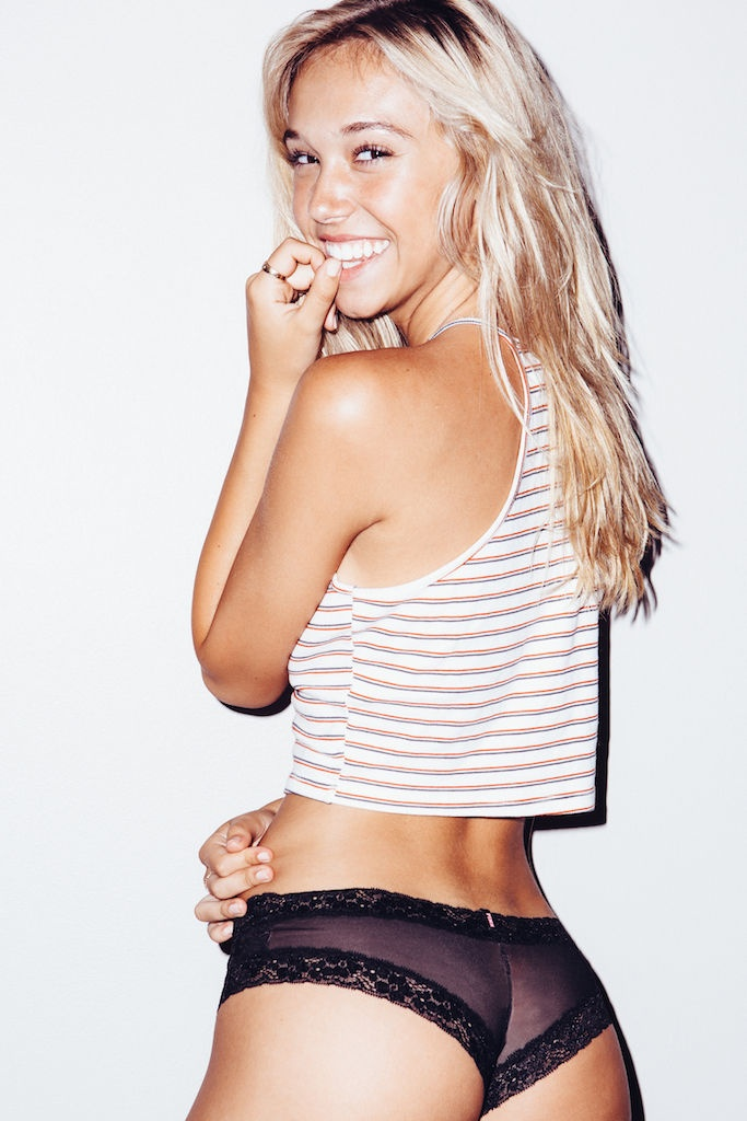Alexis Ren and her Polaroid Shots 8