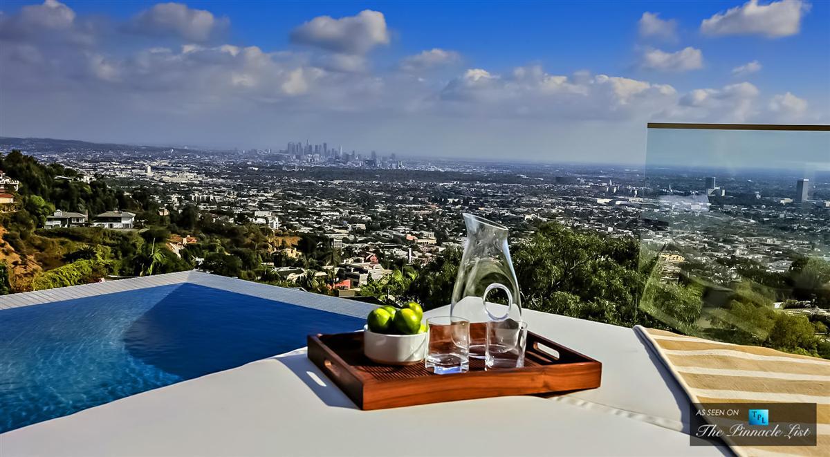 Nach seinem Tod: Avicii's $17 Millionen Dollar Anwesen in Los Angeles verkauft 17