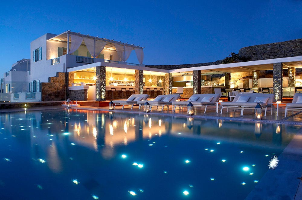 Luxurious oasis bill coo x mykonos mr goodlife for Great luxury hotels
