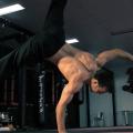 Breakdancer Simon