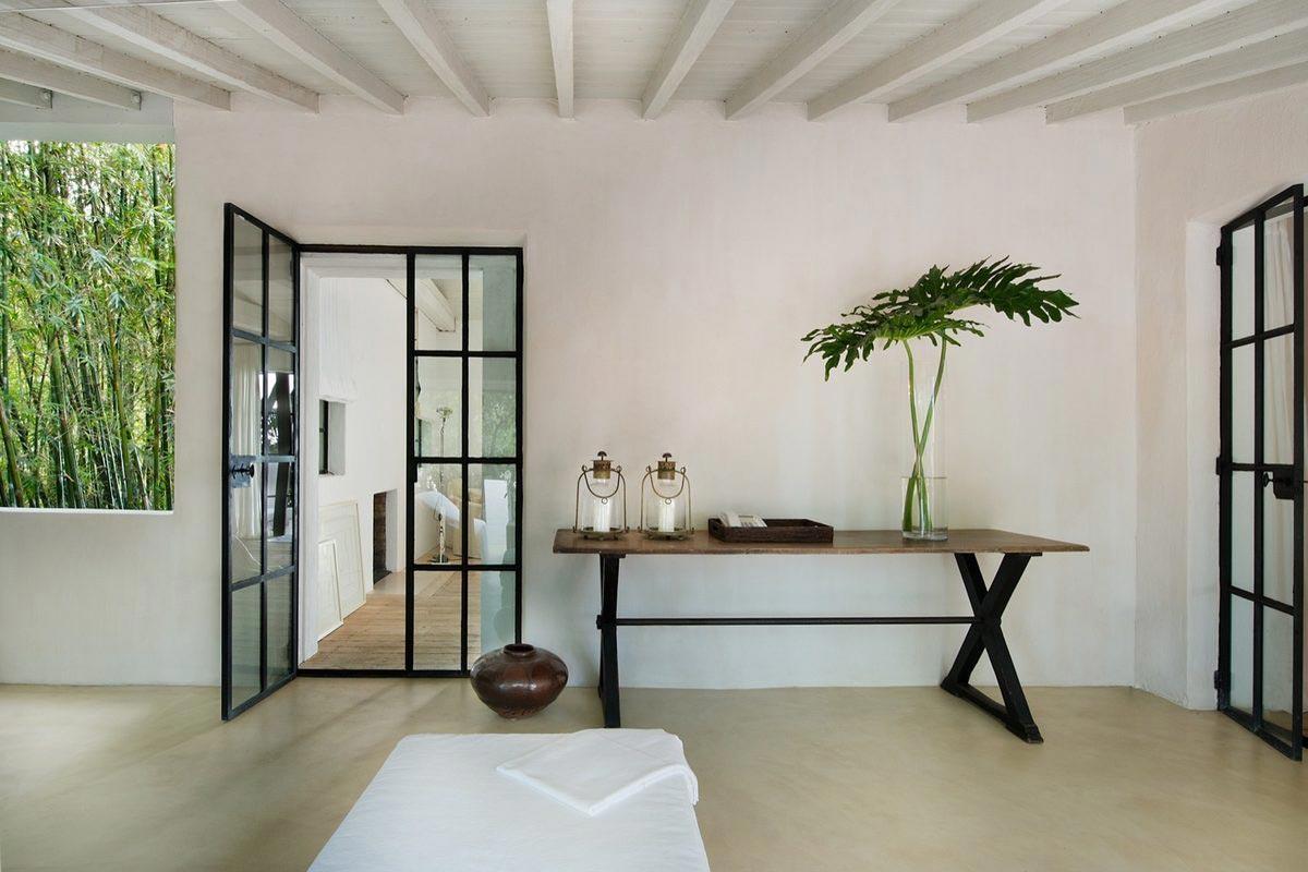 Calvin Klein sells Miami Beach Home 2