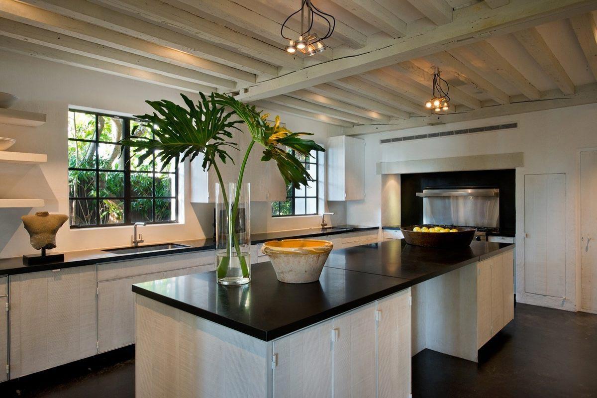 Calvin Klein sells Miami Beach Home 10