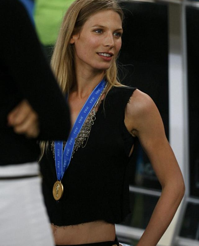 Congrats to Germany for having the hottest Girlfriends at the World Cup 13