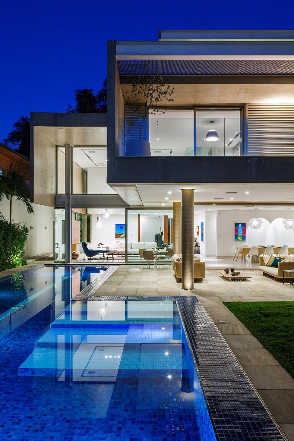 Die moderne MG Residence von Reinach Mendonça Arquitetos Associados 14