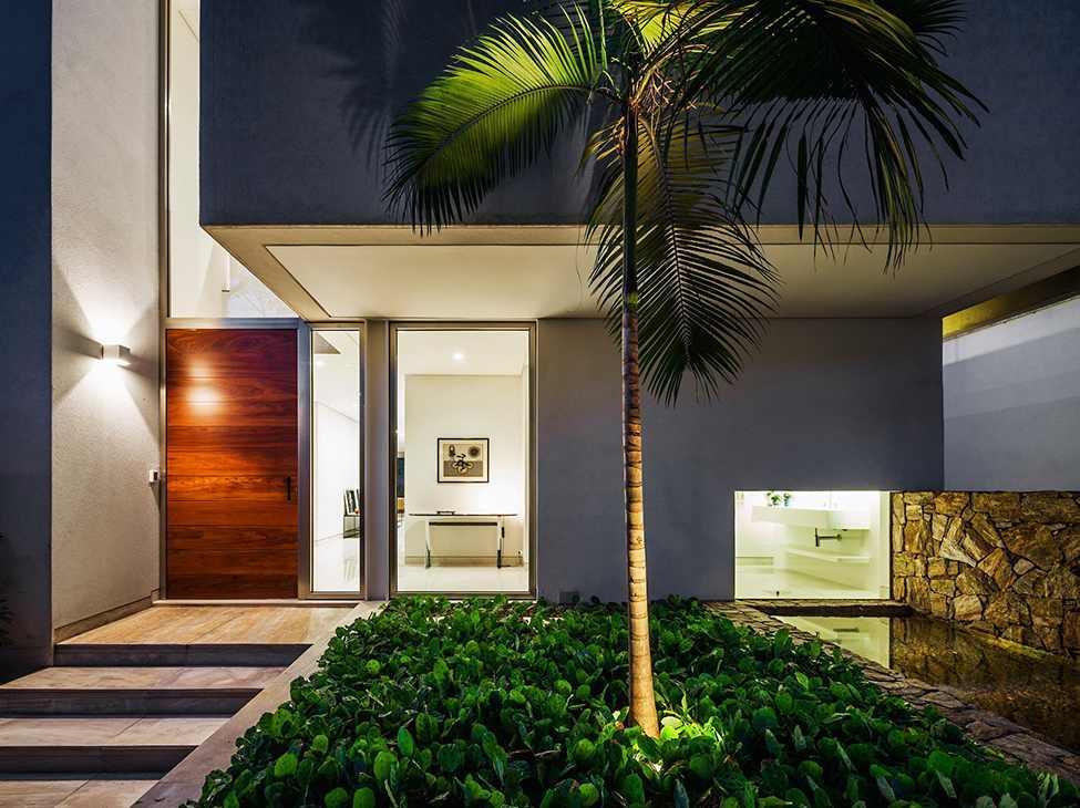 Die moderne MG Residence von Reinach Mendonça Arquitetos Associados 11