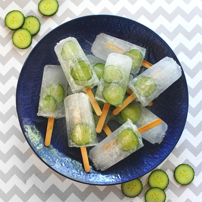 Cucumber-Gin-&-Tonic-Popsicles-02