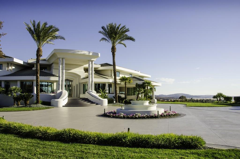 Eddie Murphy' verkauft sein Anwesen für $12 Millionen Dollar 1