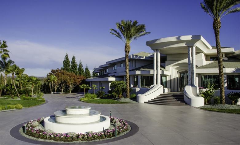 Eddie Murphy' verkauft sein Anwesen für $12 Millionen Dollar 6