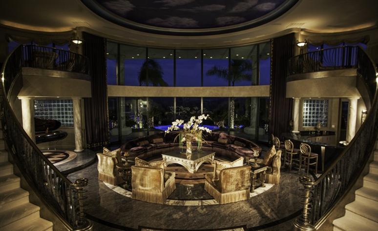Eddie Murphy' verkauft sein Anwesen für $12 Millionen Dollar 10
