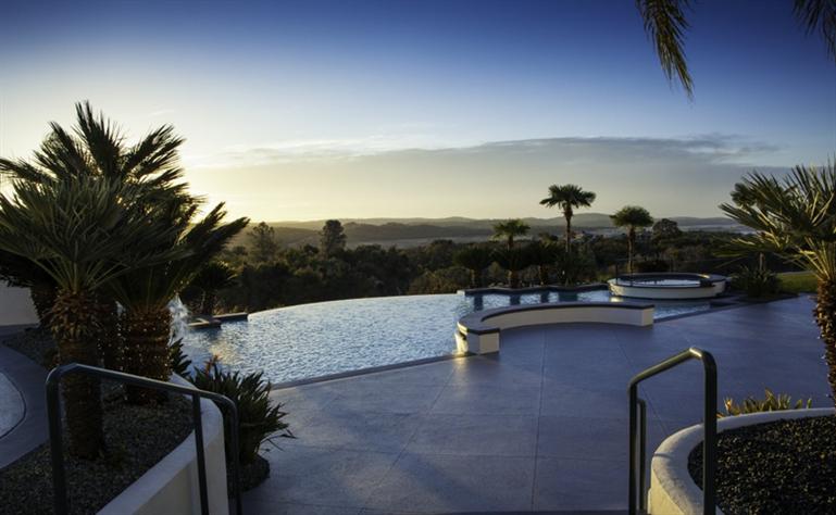 Eddie Murphy' verkauft sein Anwesen für $12 Millionen Dollar 13