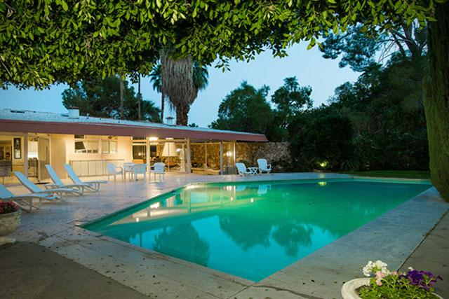 Elvis presley s palm springs honeymoon on sale for 9 5m for Palm spring houses for sale