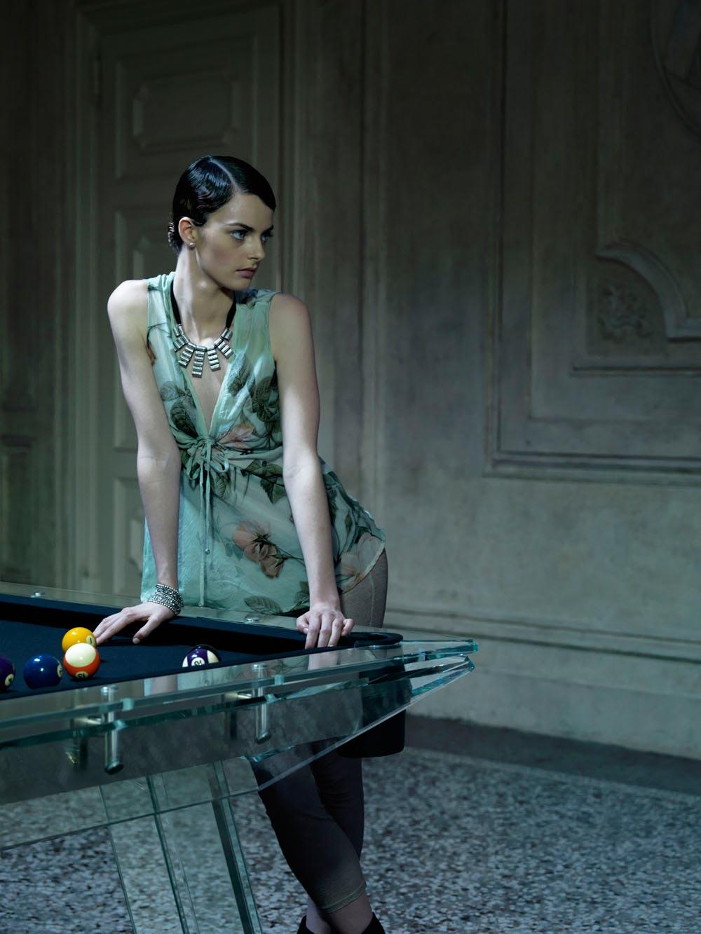Crystal Pool Table Filotto von Calma e Gesso 3