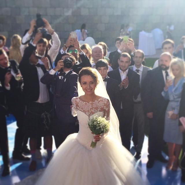 #FollowMeTo Murad Osmann finally got married 5