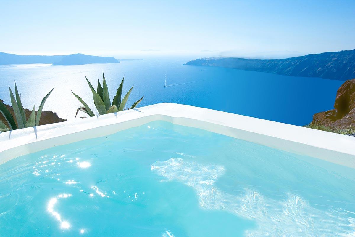 Exklusives Boutique Hotel: Grace in Santorini, Greece 4