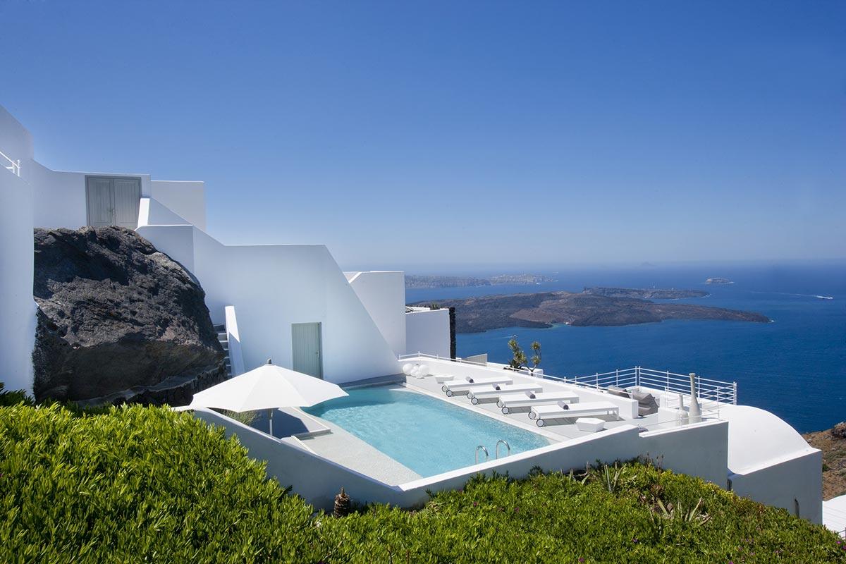 Exklusives Boutique Hotel: Grace in Santorini, Greece 7