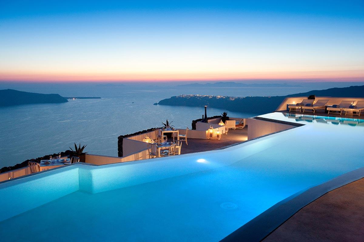 Exklusives Boutique Hotel: Grace in Santorini, Greece 1