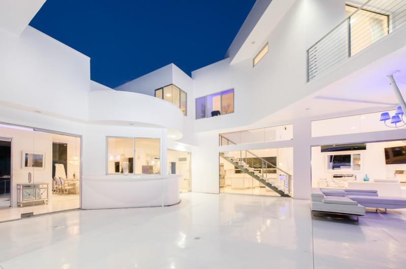 Inside Akon's Heaven Estate in California 12