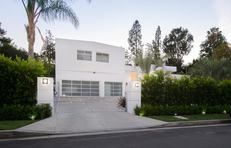 Inside Akon's Heaven Estate in California 2