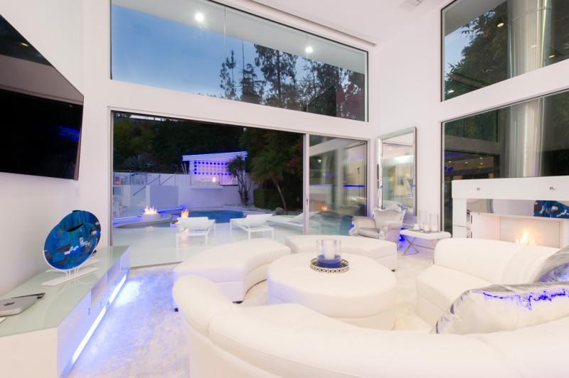 Inside Akon's Heaven Estate in California 5