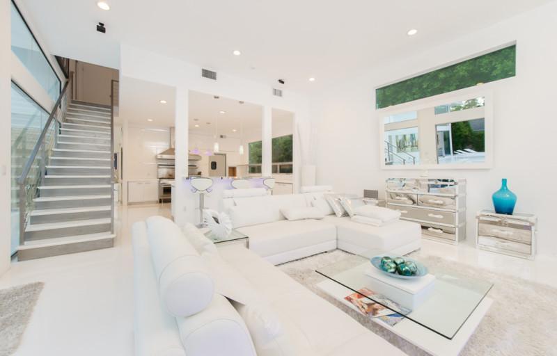 Inside Akon's Heaven Estate in California 9