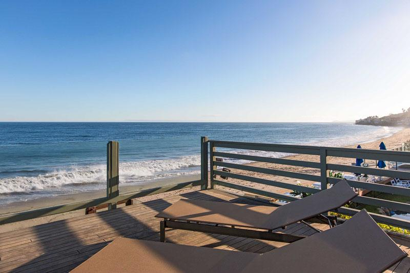 Inside Leonardo DiCaprio's $17.35 Million Malibu Beach House 5