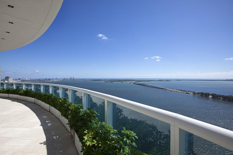 Pharrell Williams' Miami Penthouse 03