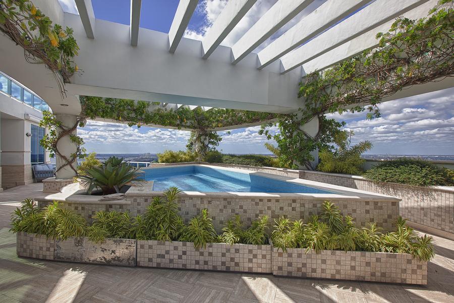 Pharrell Williams' Miami Penthouse 04