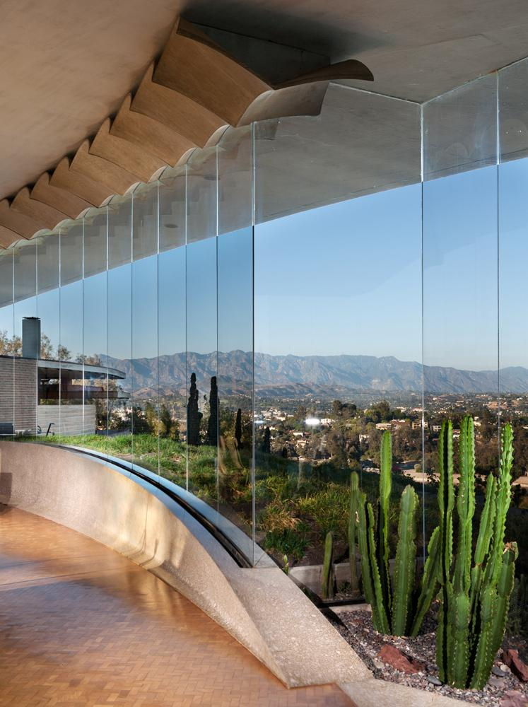 L.A. Silvertop House Designed by John Lautner for Sale 2