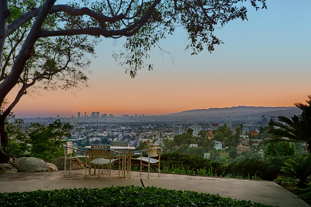 L.A. Silvertop House Designed by John Lautner for Sale 3