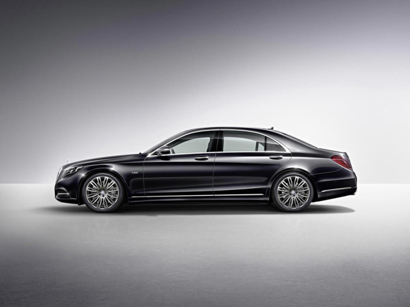 Mercedes Benz Unveils New S600 in Detroit 2