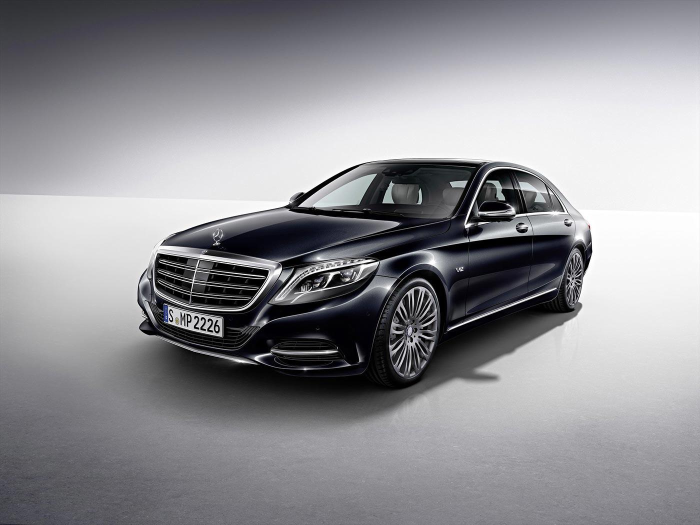 Mercedes Benz Unveils New S600 in Detroit 1