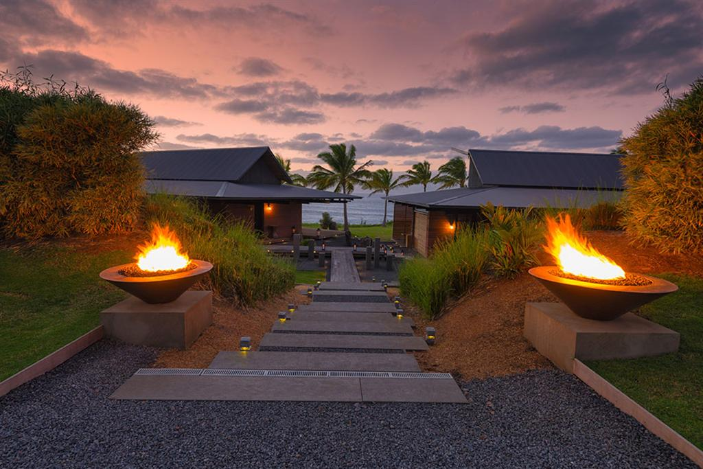 Peter Lik sells Honolua Bay Estate 'AURA' 3