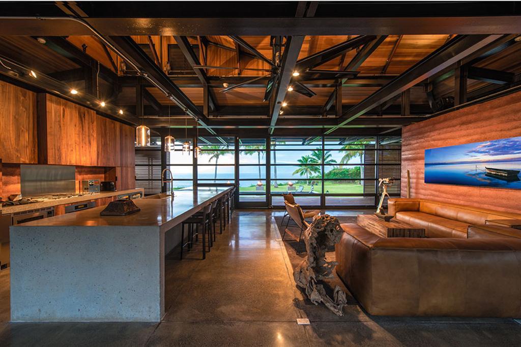 Peter Lik sells Honolua Bay Estate 'AURA' 8