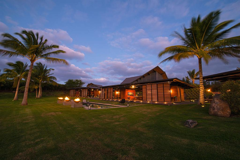 Peter Lik sells Honolua Bay Estate 'AURA' 11