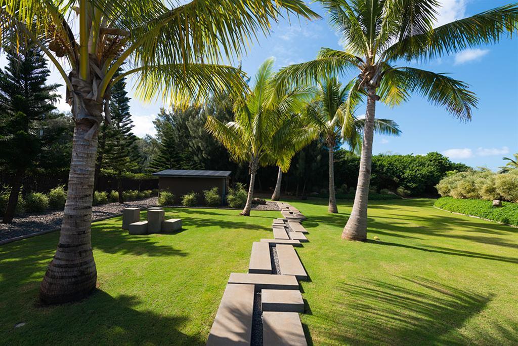 Peter Lik sells Honolua Bay Estate 'AURA' 13