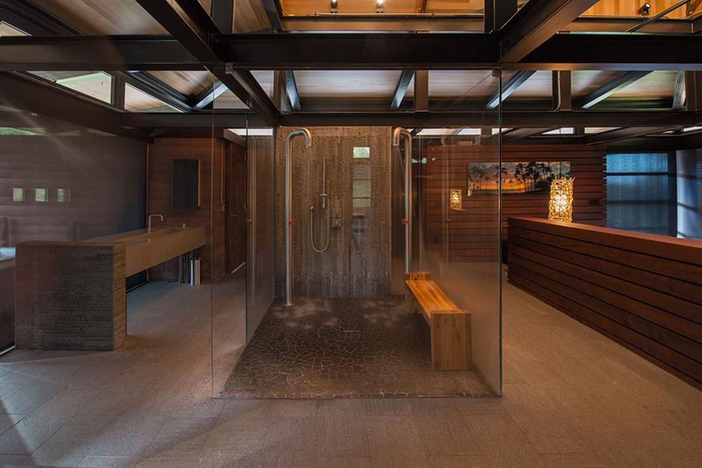 Peter Lik sells Honolua Bay Estate 'AURA' 14