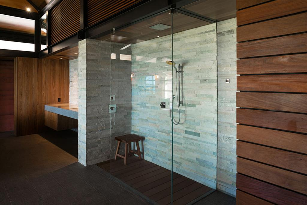 Peter Lik sells Honolua Bay Estate 'AURA' 19