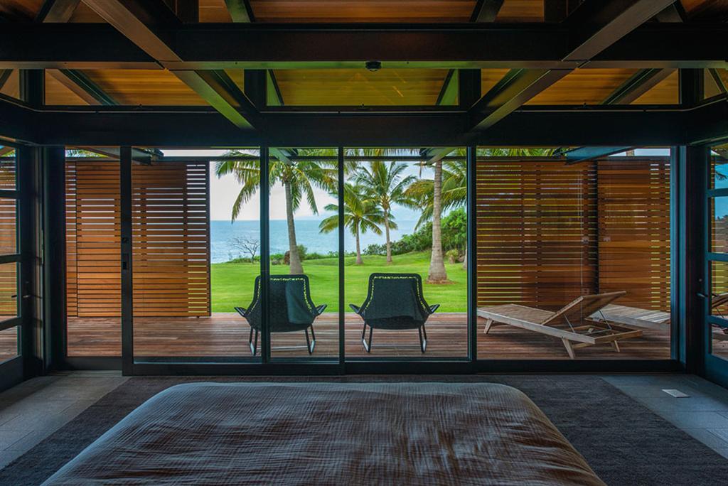 Peter Lik sells Honolua Bay Estate 'AURA' 20