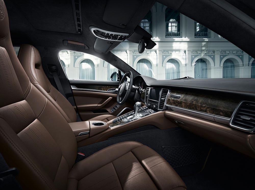 Porsche enthüllt Panamera Exclusive Serie 3