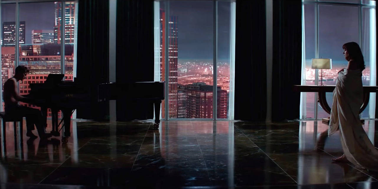 """Rent The """"Fifty Shades of Grey"""" Apartment 1"""