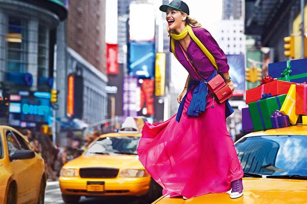 DKNY Resort 2014 Ad Kampagne: Rita Ora 2