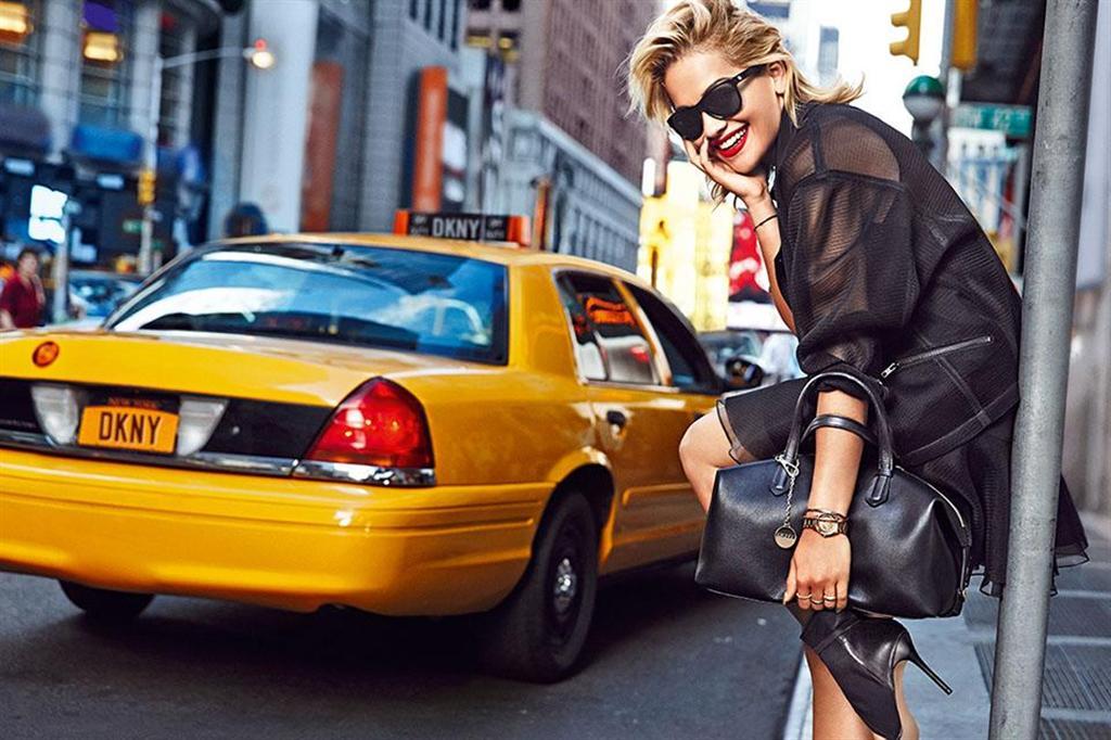 DKNY Resort 2014 Ad Kampagne: Rita Ora 3